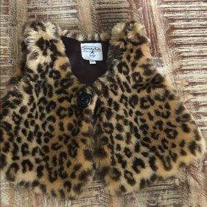 Mudpie baby fuzzy leopard print vest